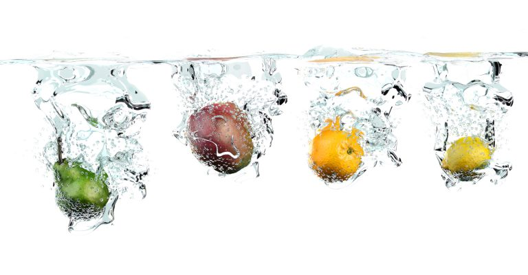 3D CGI Fruit Drop Water Graphic Grafik